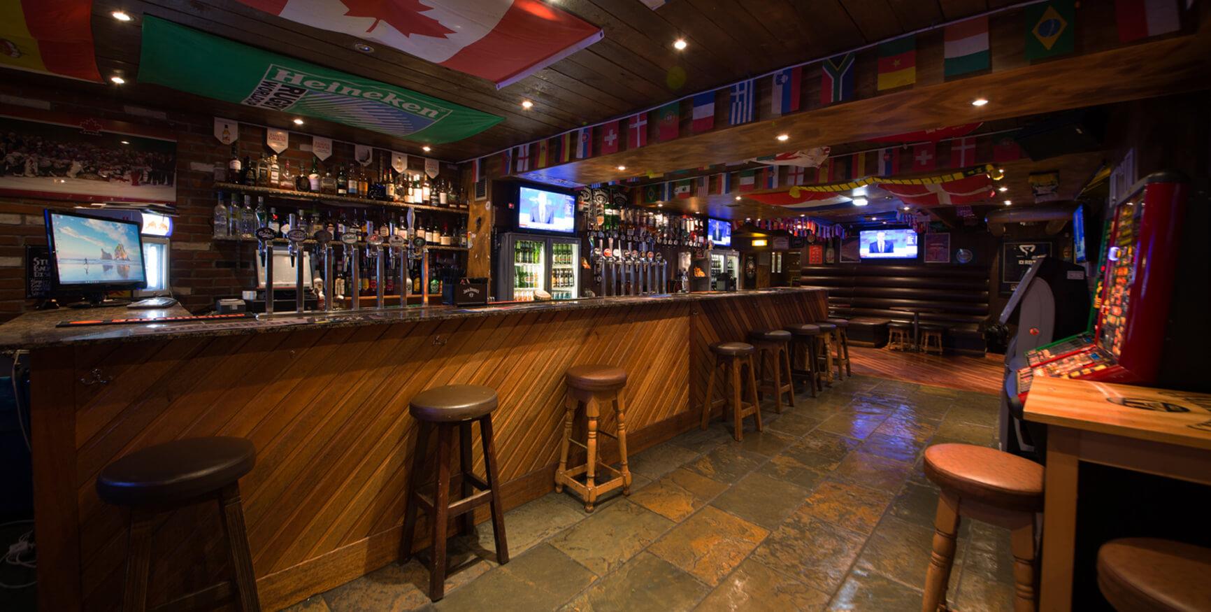 The Globe Sports Bar Edinburgh - Old Town Pub Co.